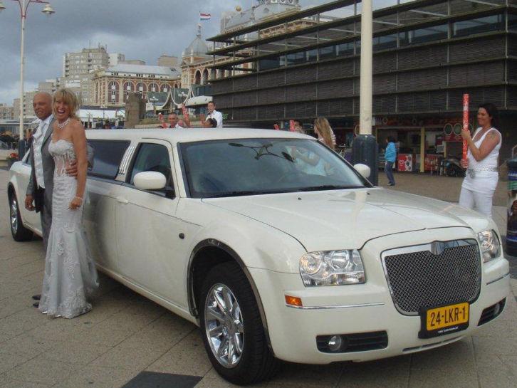 Limosinue huren voor uw bruiloft bij limoparty.nl Utrecht