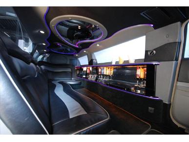 Chrysler 300c Limoparty.nl uw limousine verhuur voor Utrecht en omstreken